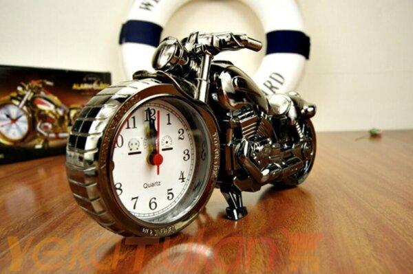 ساعت موتوری رومیزی مناسب برای هدیه تولد